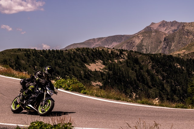 adventure-bike-biker-2965341