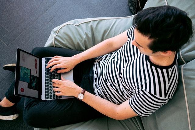 photo-of-man-using-laptop-3194523