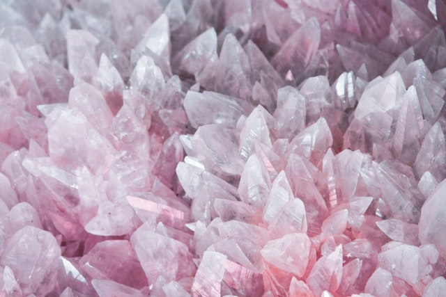 pink-and-white-stones-2942855